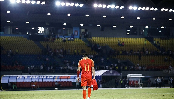 咱中国足球就从不赖外面的幕后黑手