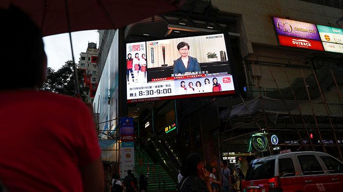 卫报:北京的香港妥协来得太少 太迟了