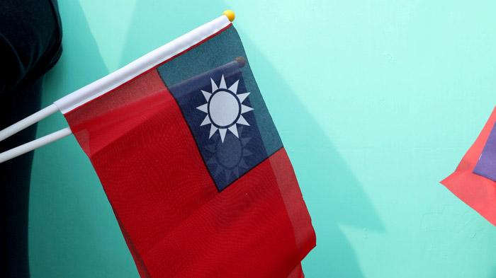 如何爱中国也爱台湾?