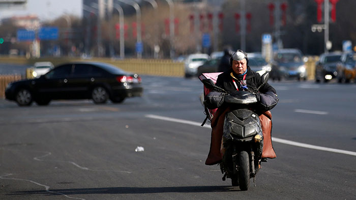 疫情加速中国经济硬着陆