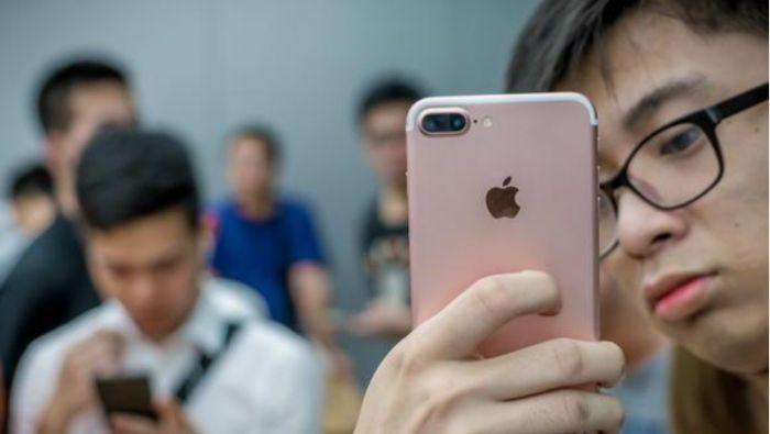 中国新规上路 办手机号先扫脸