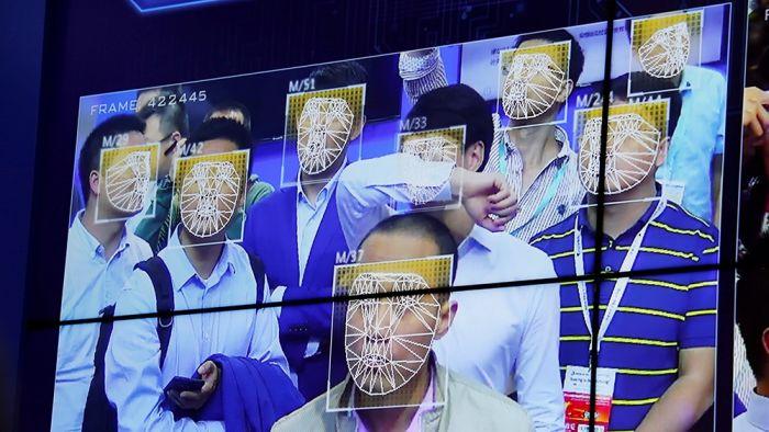 人脸辨识遍佈地铁 北京近千个检查站追踪通勤者行踪