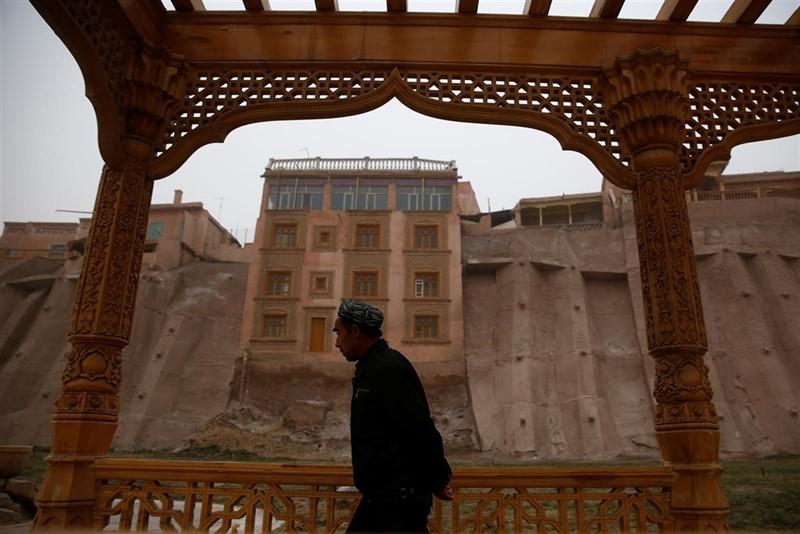 出狱哈萨克人爆料新疆监狱秘辛