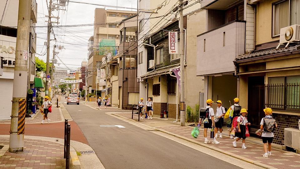 日本:没有垃圾箱和清洁工却让街道一尘不染的秘诀